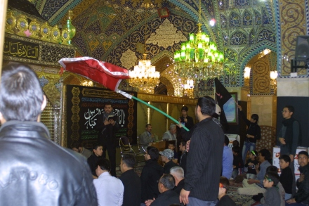 Ashura prayers at the Rukaya Shrine. Assad retains support from Shia, Christians and other minorities. (c) 2013 Reese Erlich